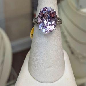 18k amethyst and diamond ring